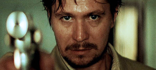 Gary Oldman (Norman Stansfield)
