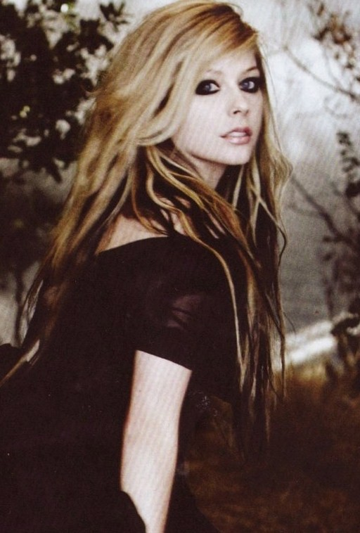 avril lavigne goodbye lullaby deluxe. A lullaby-like track which