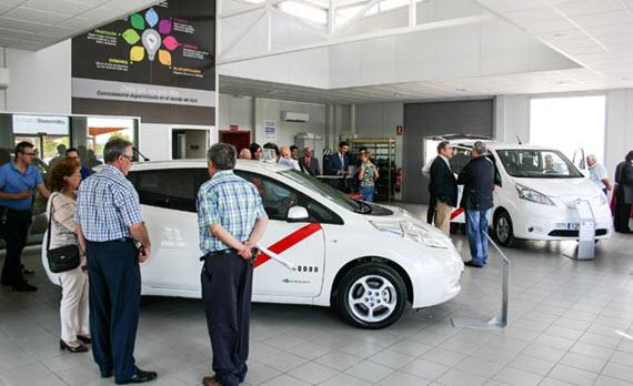 Nissan Leaf, primer taxi eléctrico homologado en Madrid