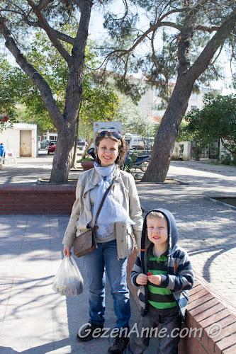 Seferihisar merkezde dolaşırken, İzmir
