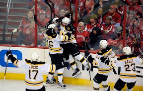 Bruins celebrate Tyler Seguin's overtime game winning goal