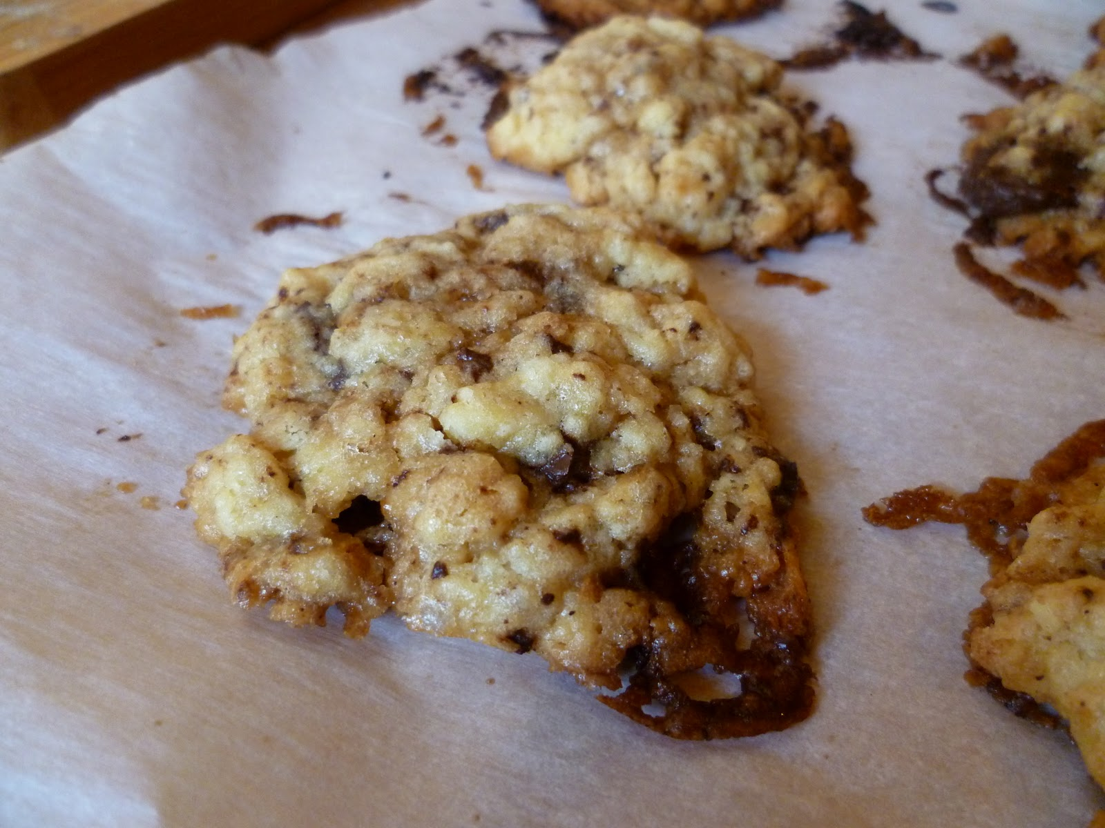Les recettes de pauline les cookies de laura todd - Recette cookies laura todd ...