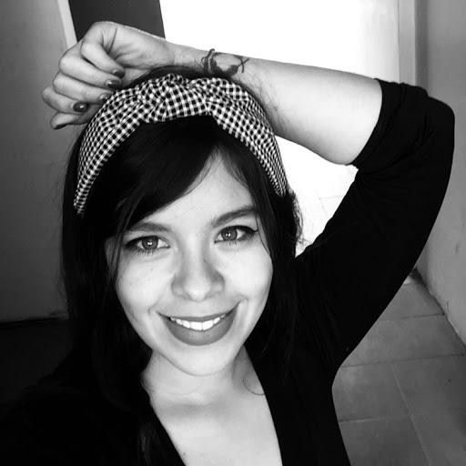 Laura Cebreros Photo 3