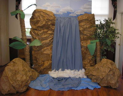 A Waterfall Made From Butcher Paper Crafts Pinterest