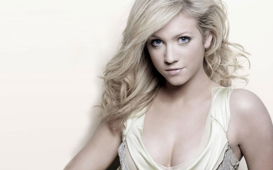 Brittany Snow Wallpaper 1