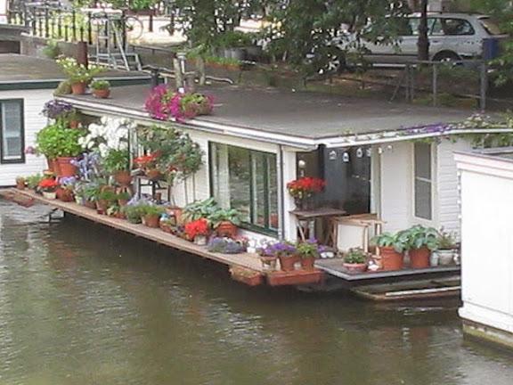 Wonen Op Woonboot : Woonboot anw algemeen nederlands woordenboek