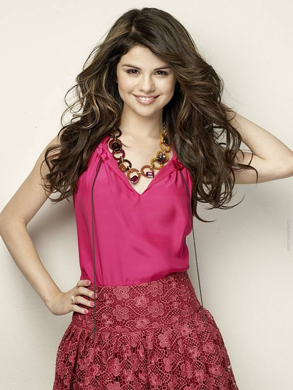 Pretty Cute  Selena Gomez  Cliff Watts Photoshoot hot images
