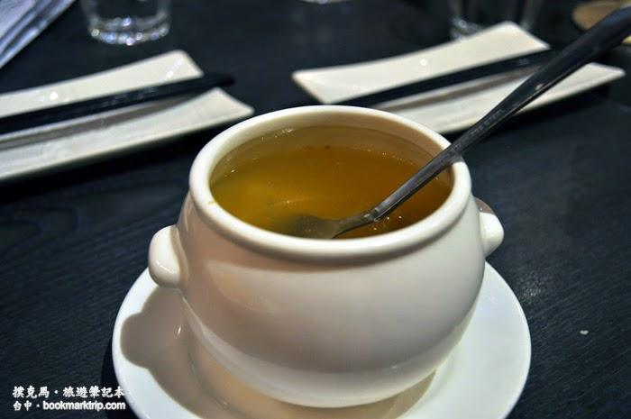 水舞饌人間茶房