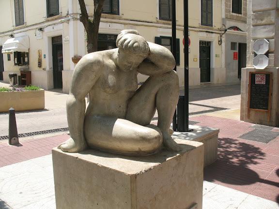 Ciudadela.-Menorca.-Estatua