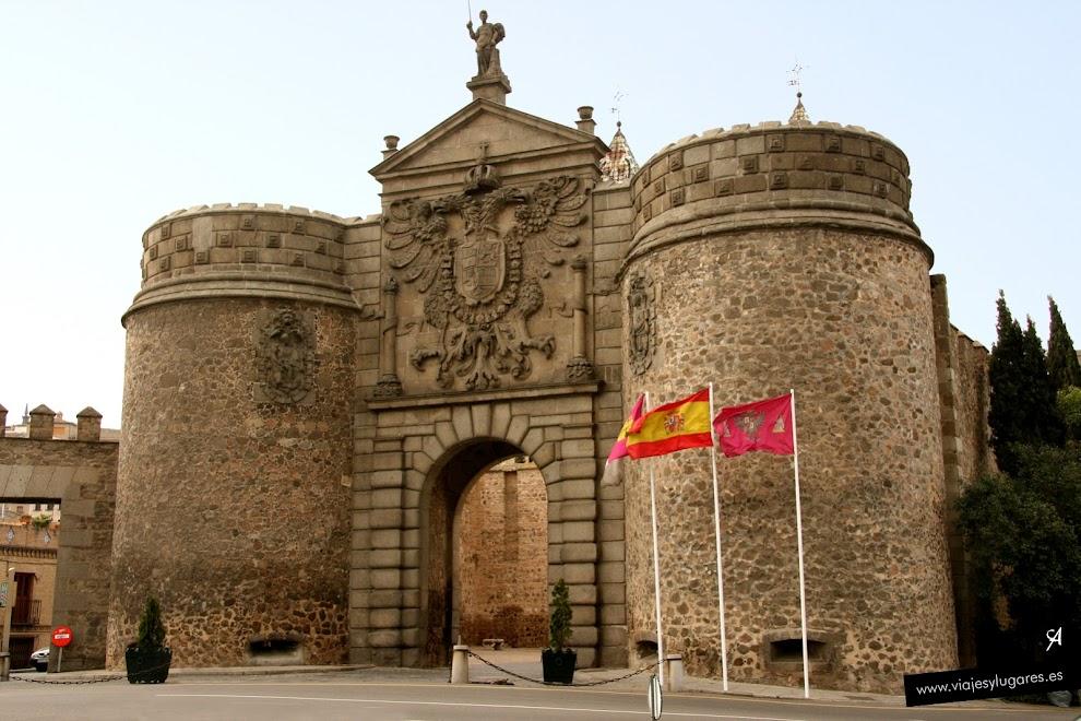 Puerta de bisagra toledo espa a viajes y lugares for Shoko puerta de toledo