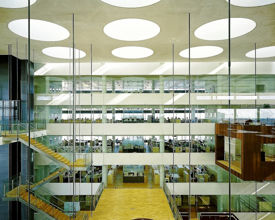 *Nykredit Headquarters:玻璃帷幕的設計猶如一棟水晶大樓! 2