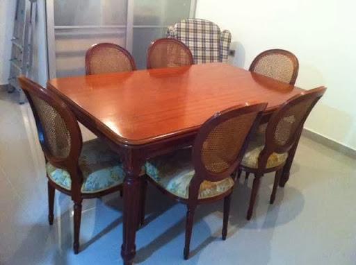 Vendo mesa de comedor de caoba fabricada de manera for Muebles de caoba en sanlucar de barrameda