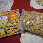 Yummy Dino Buddies 雞塊