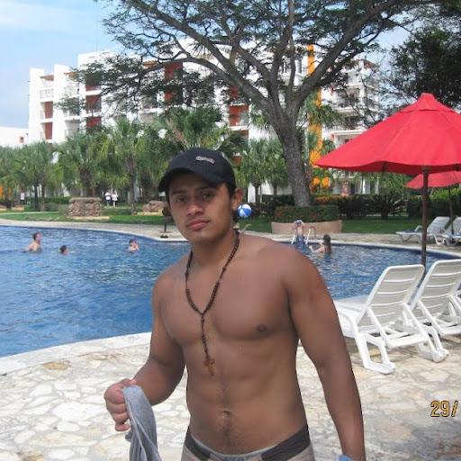Nestor Santos