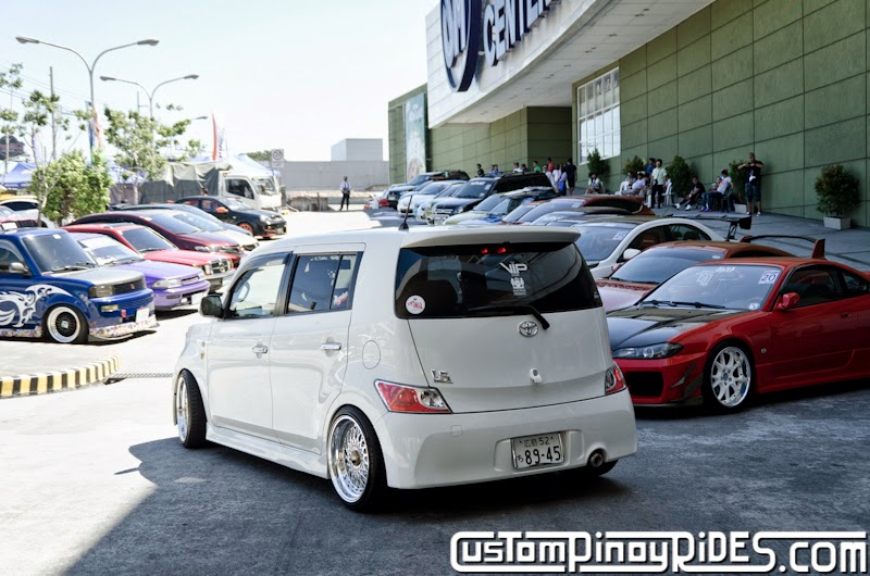 Slammed and Stanced Brothers Toyota bB1 and bB2 Custom Pinoy Rides Car Photography Manila Philippines Philip Aragones THE aSTIG pic16