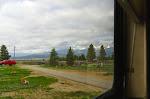 Das ist bewusst mal ein Foto mit Fensterrahmen - so sah es nämlich aus, wenn wir morgens aus dem Wohnmobi schauten. :-)