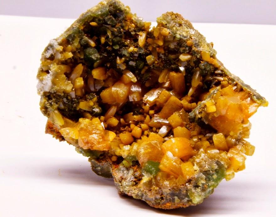 Colección de Geodas y demás piezas. Wulfenita+mejico