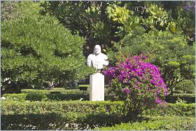 Sizilien - Trapani - Der Park in der Altstadt, die Villa Margherita.