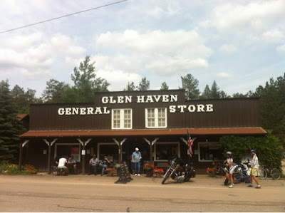 Glen Haven General Store, Glen Haven Colorado www.thebrighterwriter.blogspot.com #Colorado #ColorfulColorado