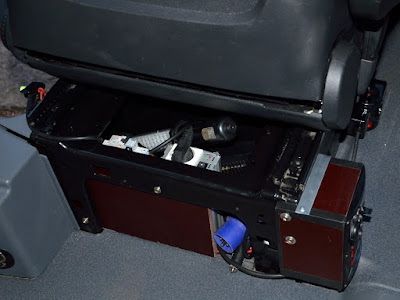 [Tuto] - Seconde batterie et installation électrique sur Vito 111 20130222_1843-vito