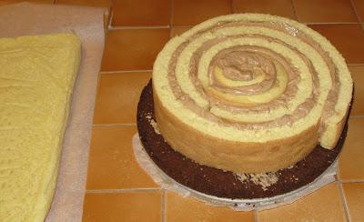 Délice au praliné, montage du gâteau
