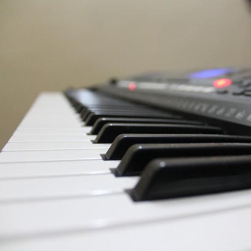 THE FOUNDATION PIANO CLASS
