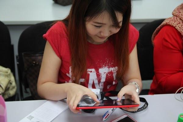 Melody menguji Apps Mitsubishi electric bakal dilancarkan untuk OS Android dan OS IOS.