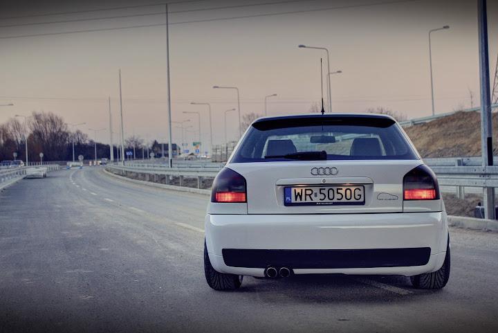 Audi a3 8l black 39 n 39 white by dash for Mueble 2 din audi a3 8l