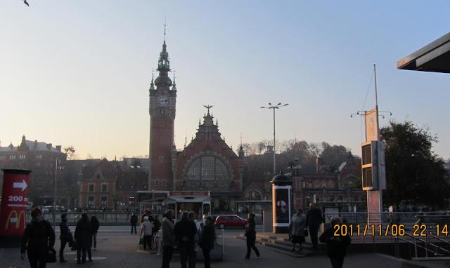 第一天傍晚的格但斯克火車站Gdańsk Główny