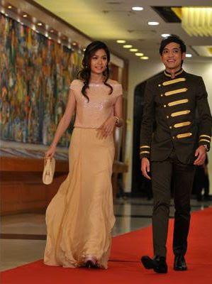 fesyen red carpet artis anugerah skrin 2011 ask tomok dan liyana jasmay