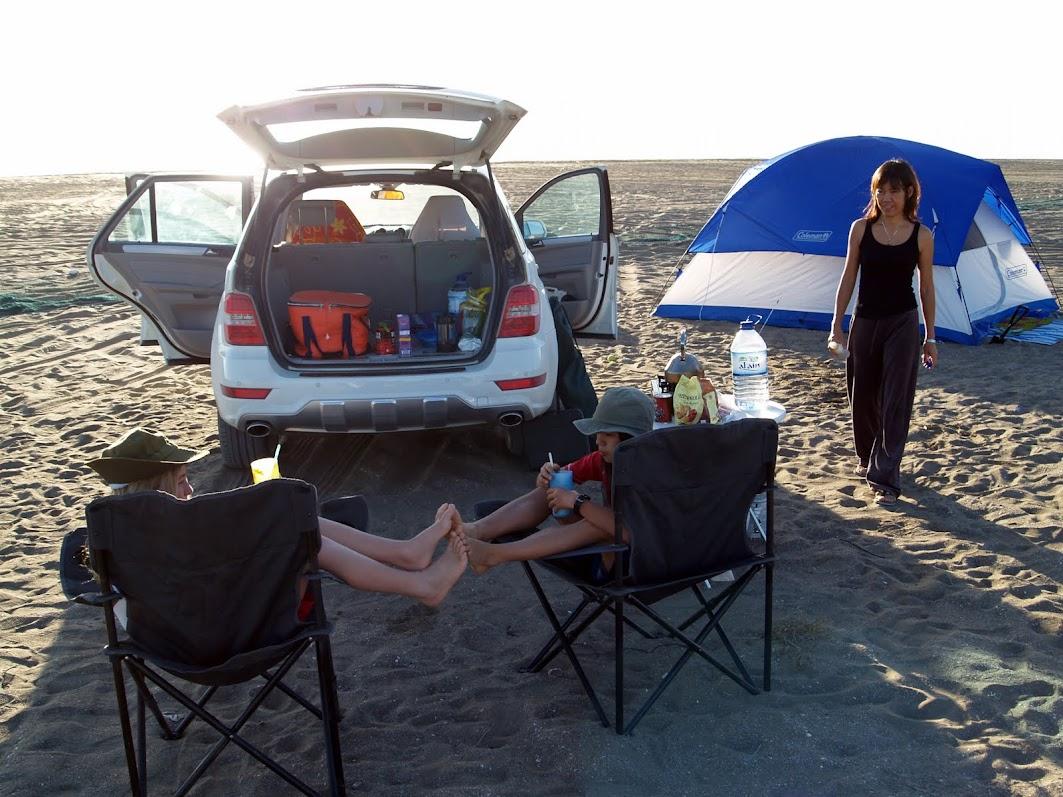 beach camping UAE