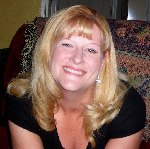 Laura Thomas