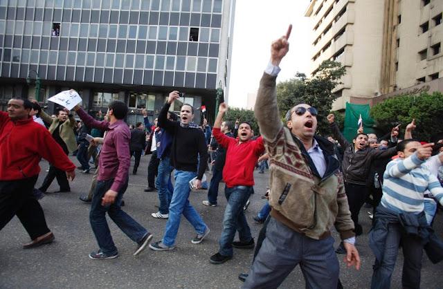 Egyptian Revolution شريف الحكيم Image-173463-galleryV9-lpce