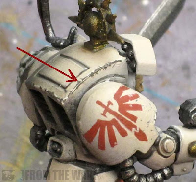Deathwing armour weathered with pencil