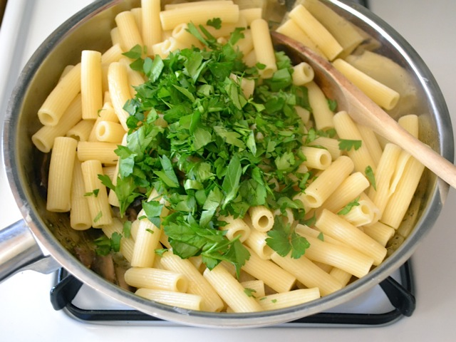 pasta parsley