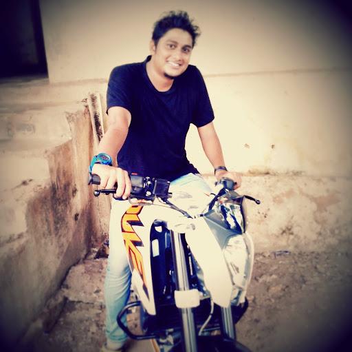 Vivek Vaid Photo 15