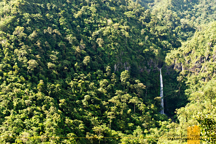 Malatan-Og Waterfalls En Route to San Carlos City