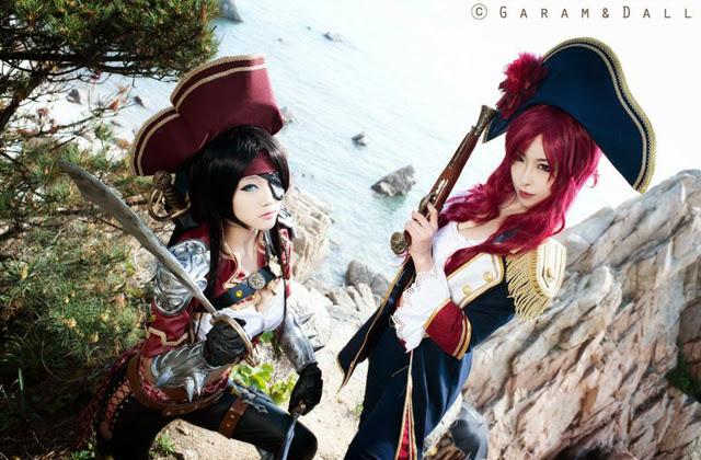 "Miyuko khoe trọn bộ cosplay Katarina ""cướp biển"" - Ảnh 23"
