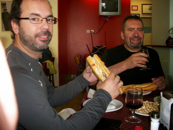 Moto almuerzo en Fontanares (Domingo 20 de Abril) 100_4186