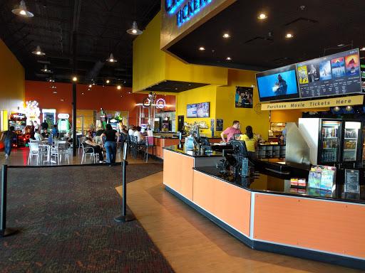 Movie Theater Fat Cats Gilbert Reviews And Photos 4321 E Baseline Rd Gilbert Az 85234 Usa