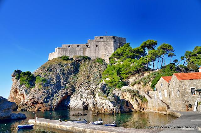 Вид на крепость, рядом с апартаментами