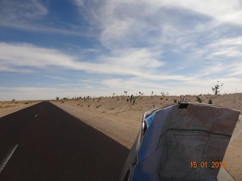 Marrocos e Mauritãnia a Queimar Pneu e Gasolina - Página 7 DSC06053