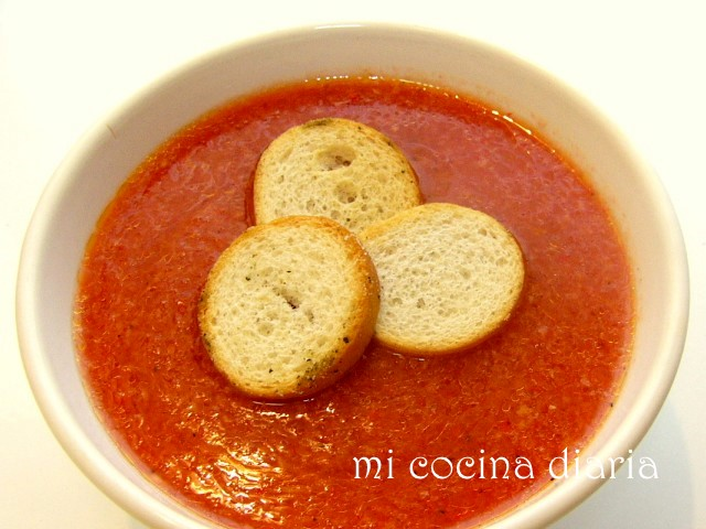 Gazpacho (Холодный томатный суп Гаспачо)