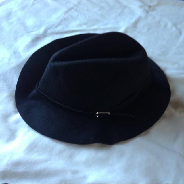 Sammi Jackson - Blogger Bits / Front Row Shop Trilby Hat