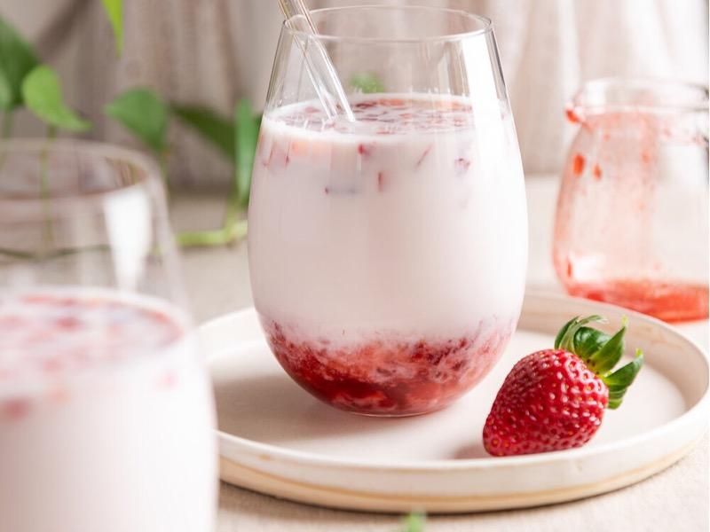 Strawberry milk ala cafe Korea