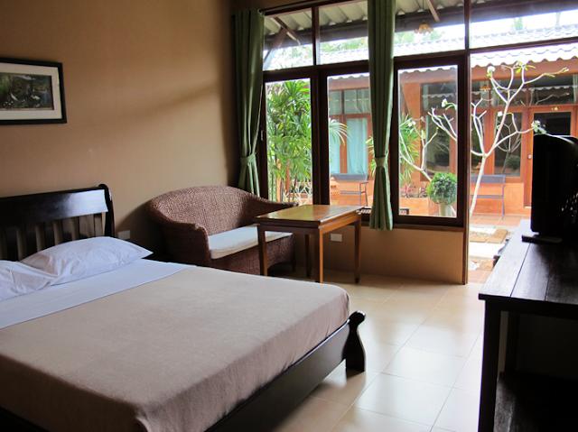 Siam Hostel bed