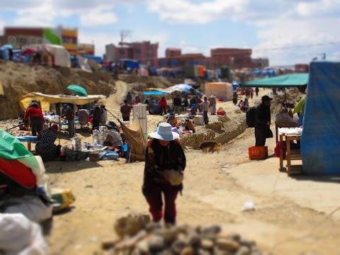 Postales de la Feria de la 16 de Julio, El Alto