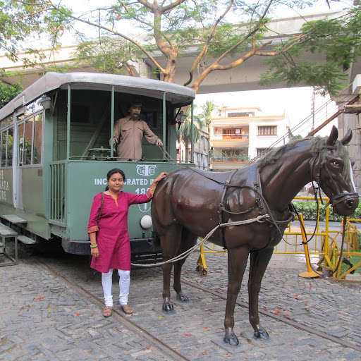 Aditi Chaudhuri Photo 17