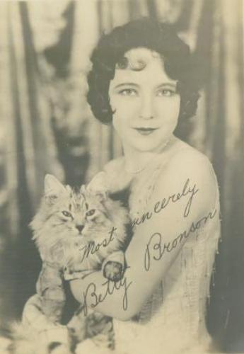 Betty Bronson and a cat