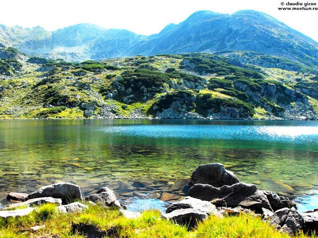 Lacul Bucura si Piciorul Pelegii